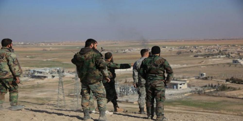 الجيش السوري يبدأ بإخلاء نقاط تمركزه من طريق الكاستيلو