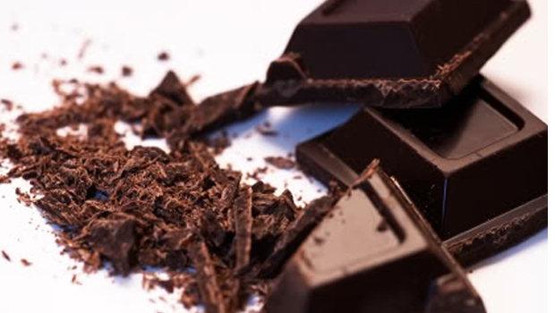 الشوكولاتة الداكنة الشرايين 126237.jpg